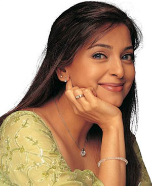 juhi chawla 1 - November BirthdayZ!!!