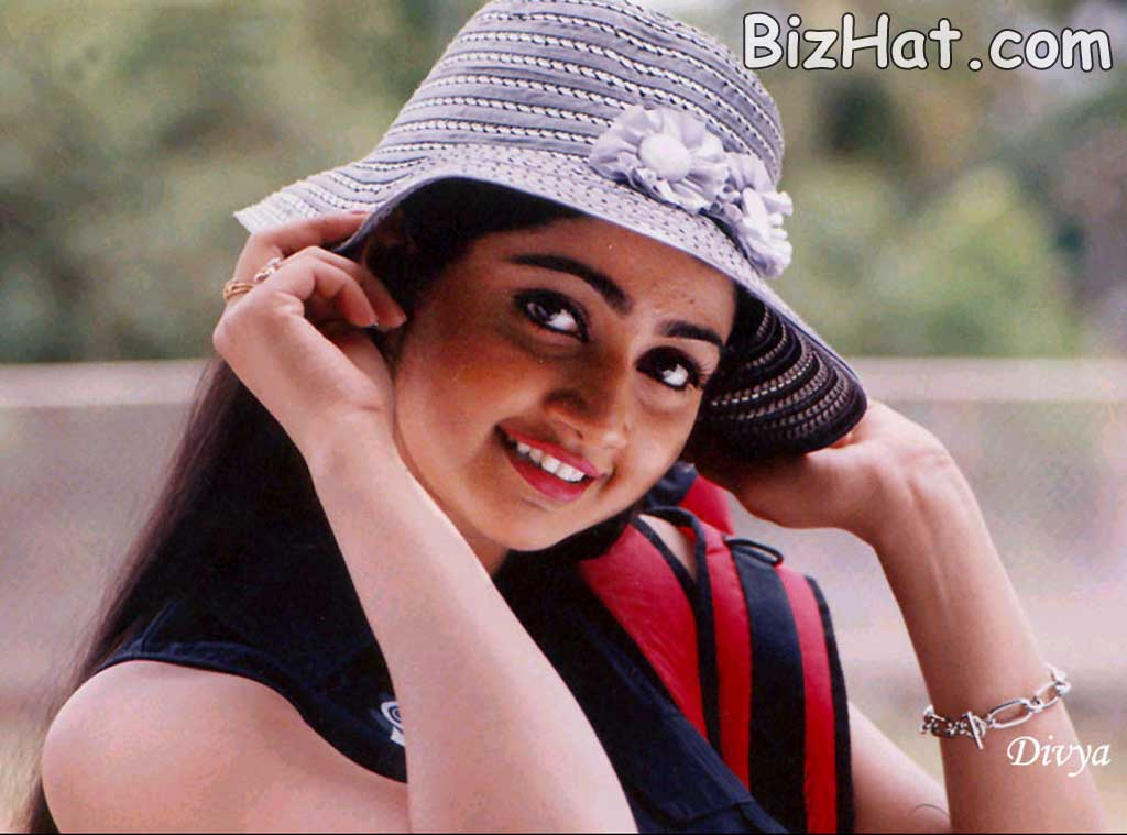 divya unni   pictures news information from the web